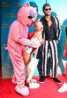 Kelly Ripa und Michael Strahan überraschten im Miley Cyrus- und Robin Thicke-Kostüm
