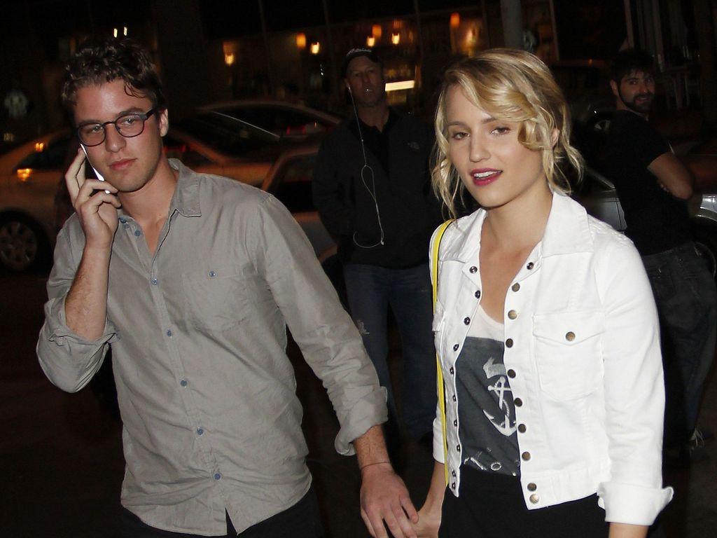 Dianna Agron hält Händchen mit Henry Joost