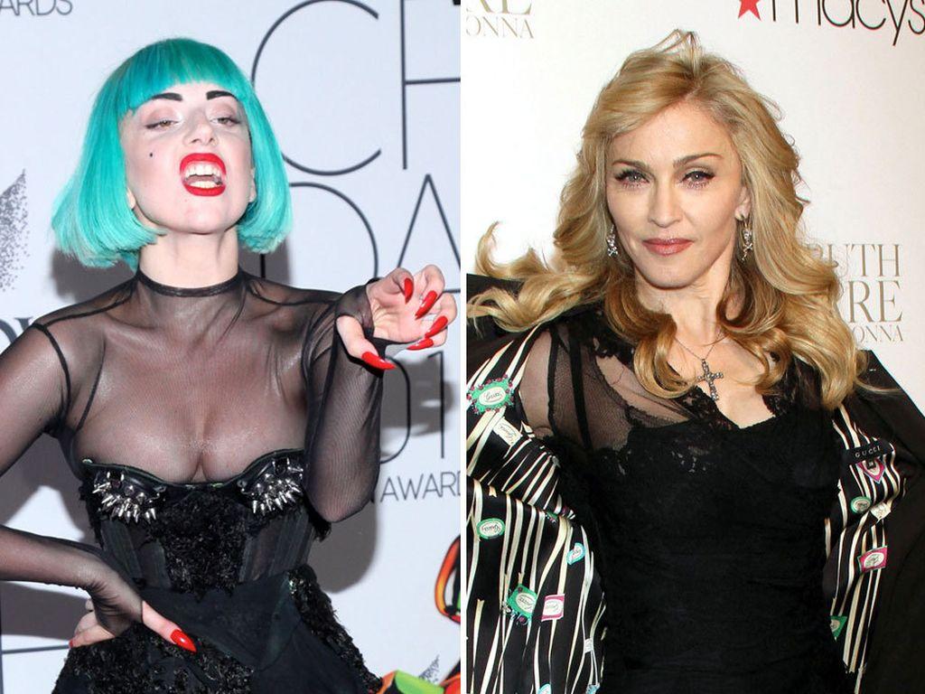 Lady GaGa zeigt ihre Krallen und Madonna, die ihre Jacke auszieht