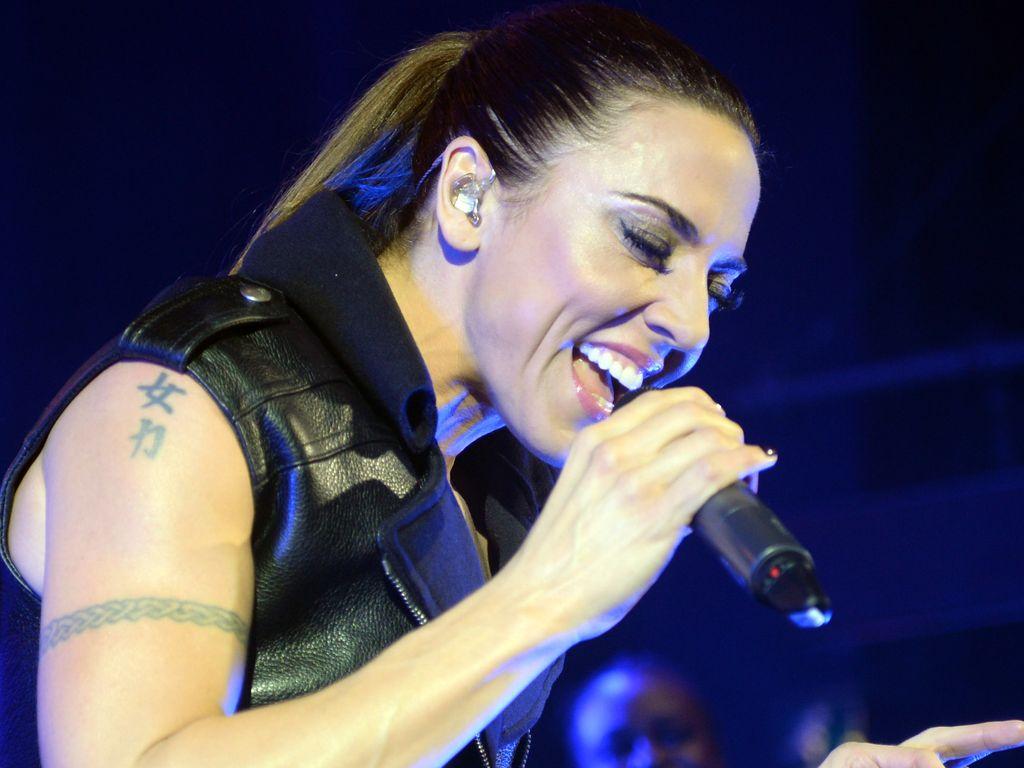 Melanie C singt