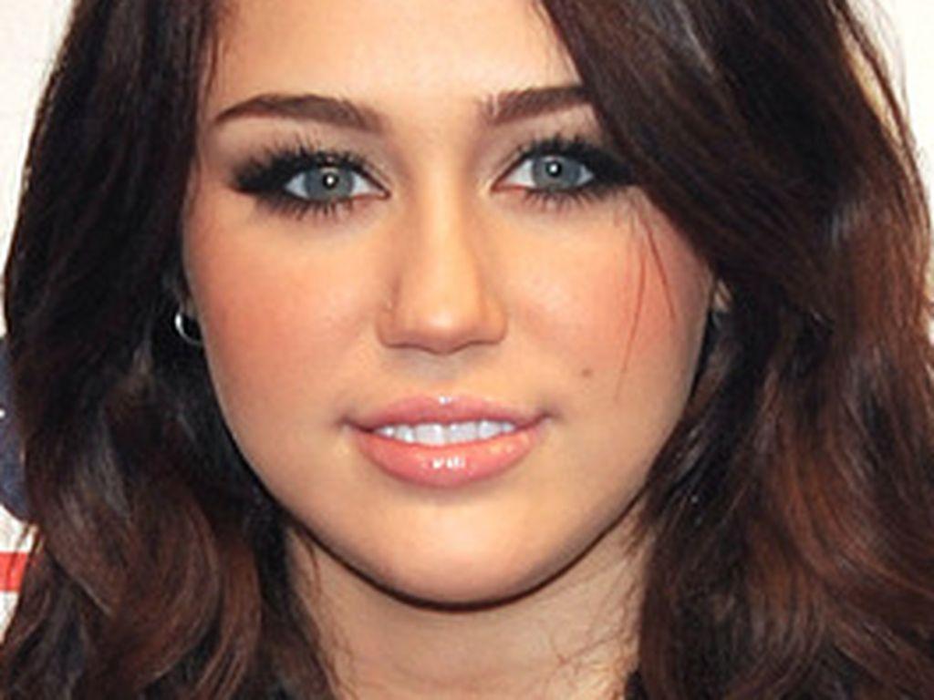 Miley Cyrus Haarfarb-Entwicklung
