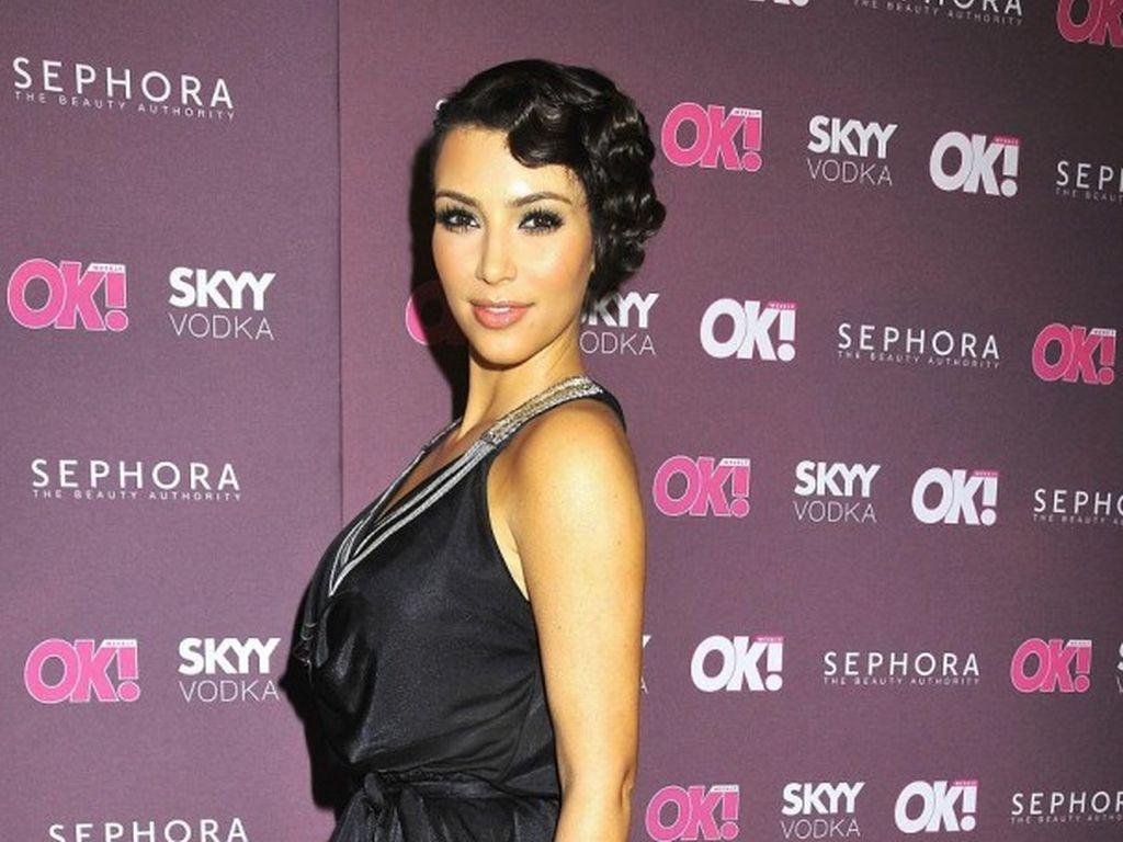 Kim Kardashian fr Nackt-Foto verspottet: Kamera