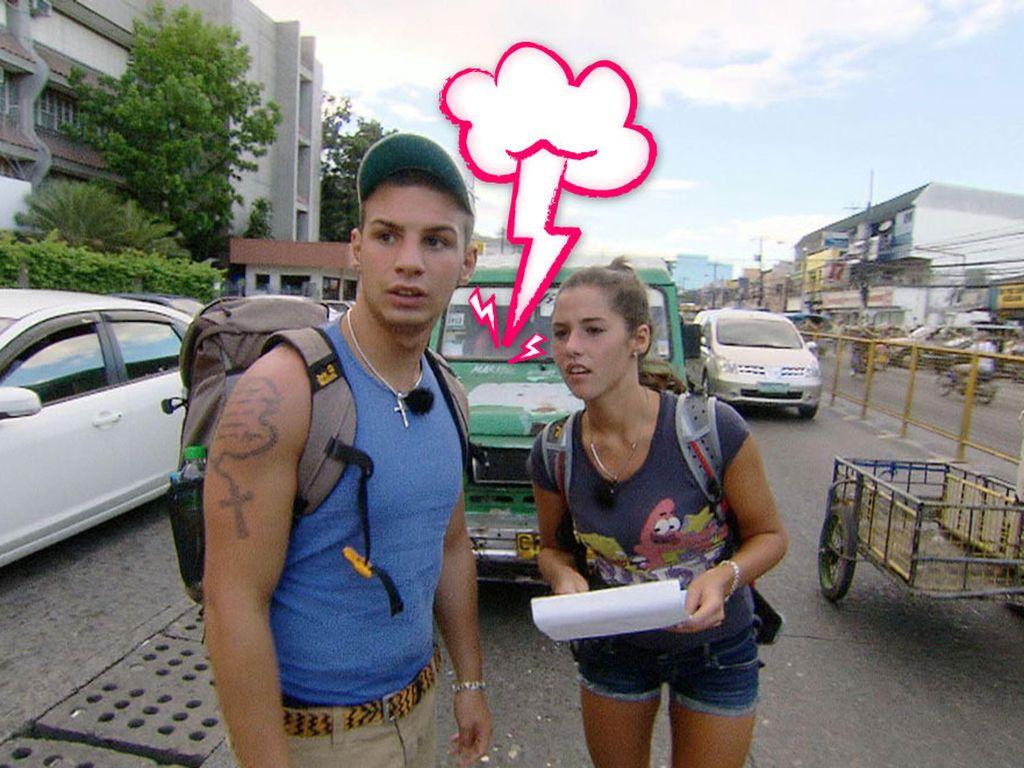Sarah und Pietro suchen etwas