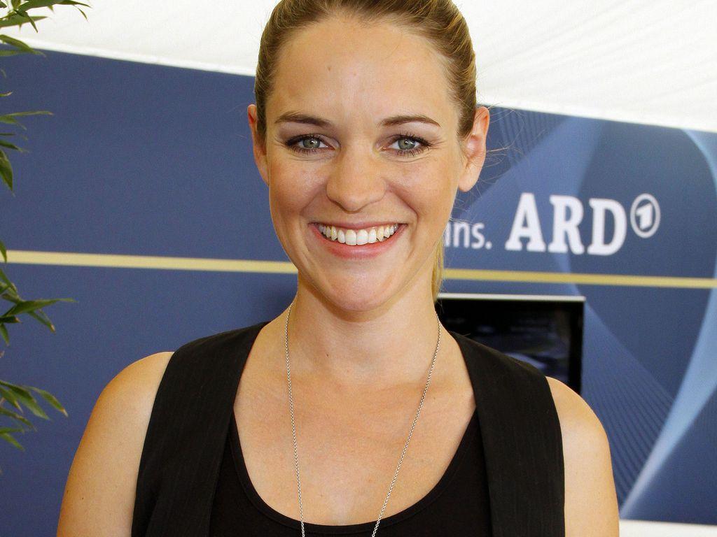 Verena Zimmermann lächelt