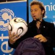Ivete Sangalo, Diego Torres - Diego Torres compuso el tema oficial de la Copa