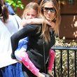 Sarah Jessica Parker hat ihre Tochter Marion problemlos huckepack genommen
