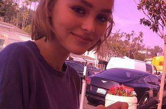 Lily-Rose Depp hat die Gene ihrer Eltern