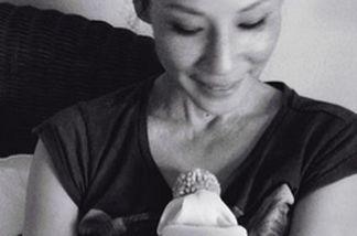 Lucy Liu postete aus Dankbarkeit für all die Glückwünsche ein süßes Bild mit ihrem Baby