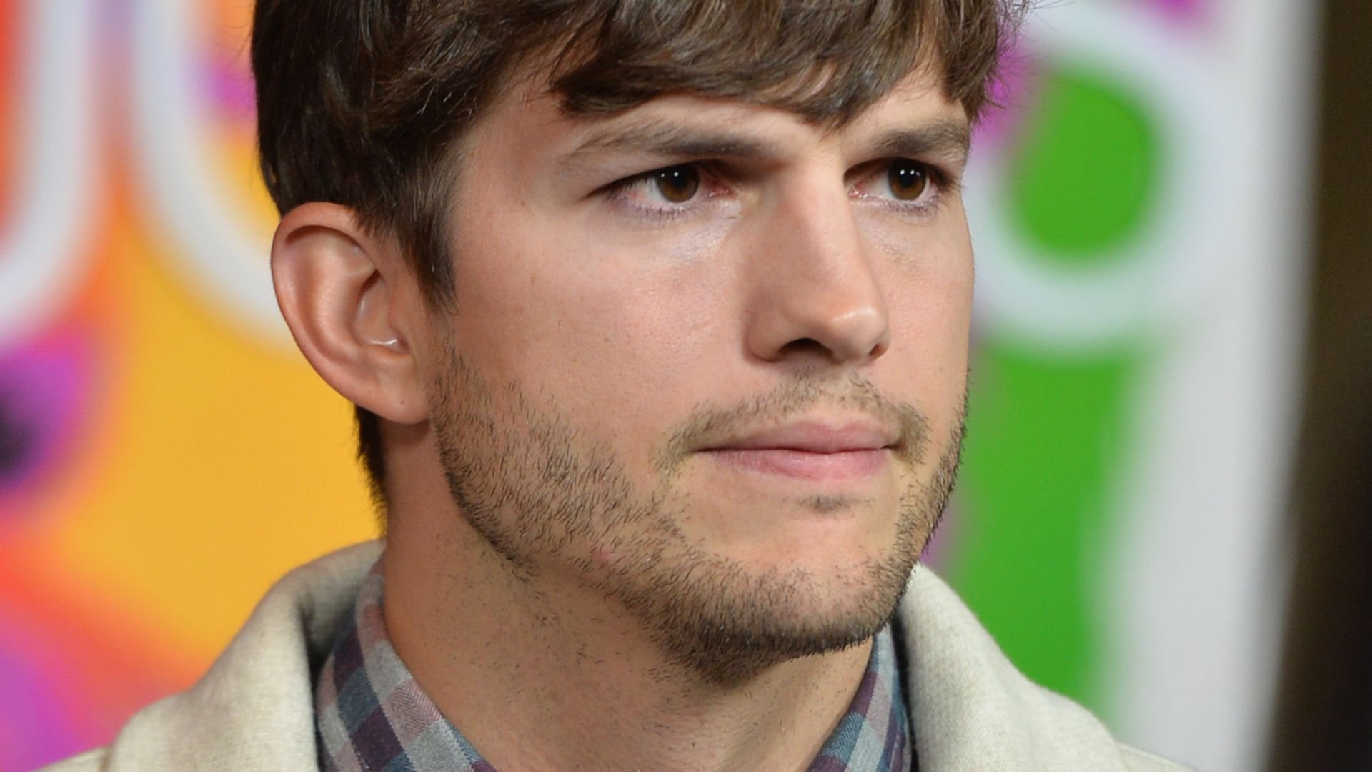 20 haunting Ashton kutcher scandal photos