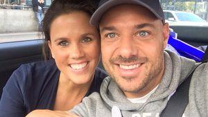 Christian Tews und seine Claudia grinsen