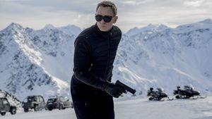Daniel Craig als Bond im Schnee