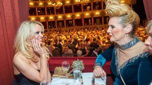 Helena Fürst und Pamela Anderson auf dem Wiener Opernball