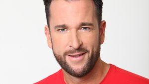 Michael Wendler im roten Shirt