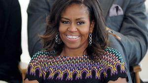 Michelle Obama strahlt breit