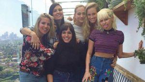 Miley Cyrus und Elsa Pataky mit Freundinnen