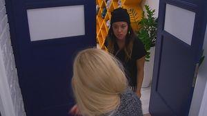 Natascha und Maria streiten sich