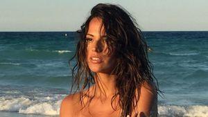 Rayla Jacunda am Strand