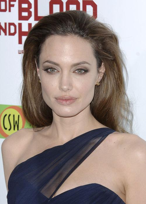 Angelina Jolie trifft sich heimlich mit ihrem Ex | Promiflash.de