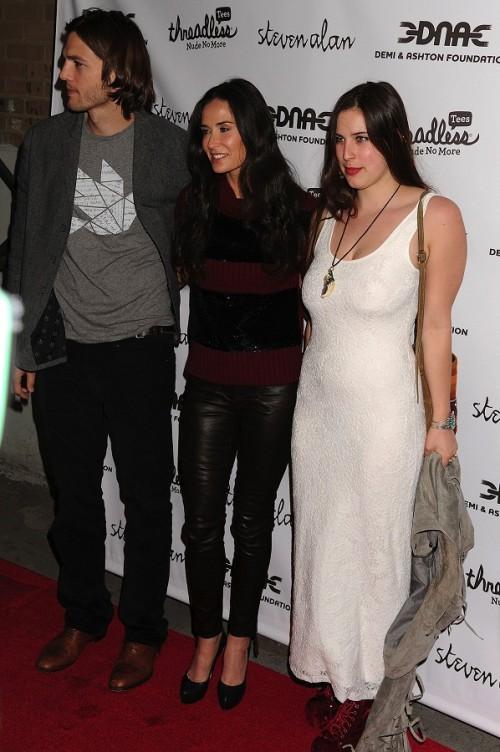 Ashton, Demi und Scout besuchen eine Filmpremiere