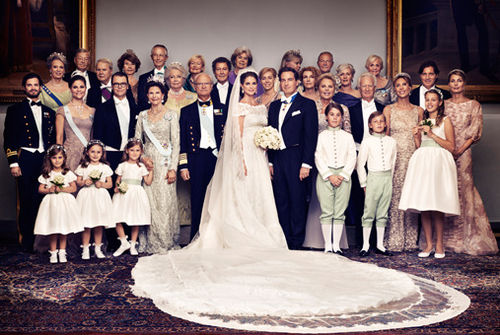 Das Königshaus veröffentlichte jetzt das offizielle Hochzeitsfoto ...