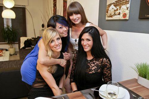 Das perfekte Promi-Dinner, Der Bachelor, Anja Polzer - Jinjin, Bernadette, Anja und Sissi kochen beim perfekten Promi-Dinner