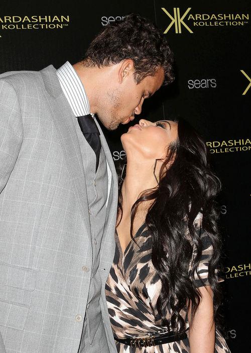 Kim Kardashian, Kourtney Kardashian - Kim Kardashian und ihre GROßE Liebe Kris Humphries geben sich heute endlich das Ja-Wort