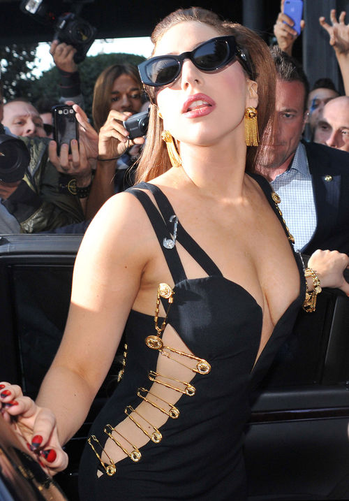 Lady GaGa musste sich Anfang des Jahres einer Hüft-OP unterziehen