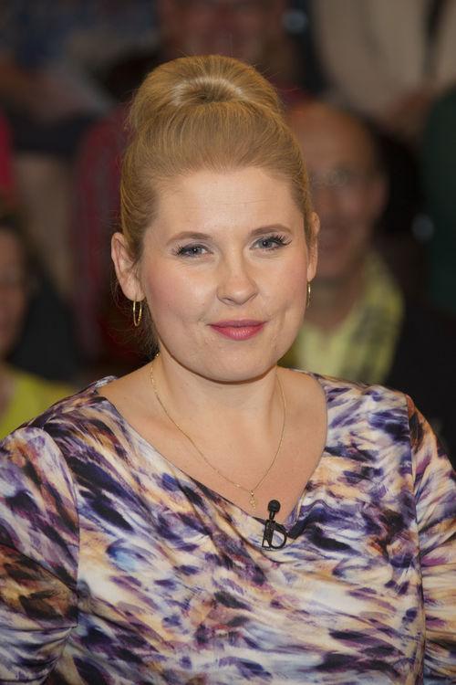 <b>Maite Kelly</b> steht bald Hochschwanger auf der Bühne - maite-kelly-mit-dutt-laechelt-zart