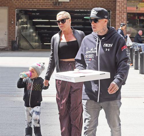 Pink und ihre Familie machten gerade einen gemütlichen Spaziergang durch New York