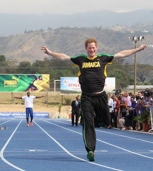 Prinz Harry hatte in Jamaika eine harte Trainings-Einheit auf dem Programm
