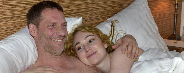 Olivia anal in einem Hotel