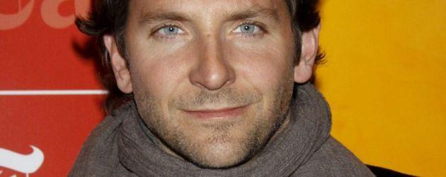 Bradley Cooper mit Schal
