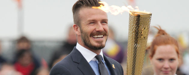 David Beckham mit der olympischen Fackel