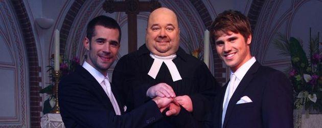 Dirk Bach als Pfarrer bei VL