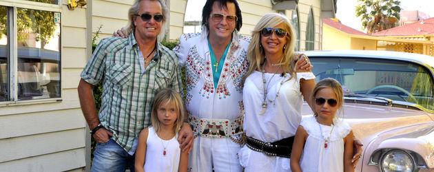 Geissens mit Elvis-Imitator