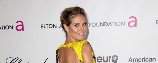 Heidi Klum zeigt ihren Rücken