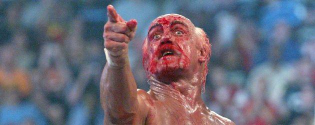 Hulk Hogan blutet und guckt irre