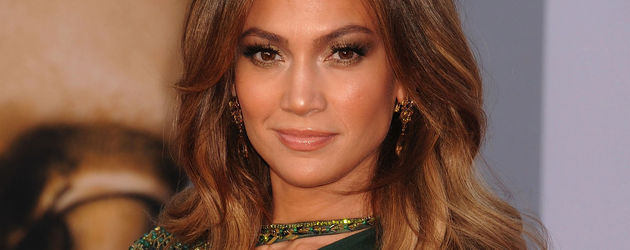Jennifer Lopez im petrolfarbenen Kleid