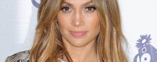 Jennifer Lopez im Schlangen Look Porträt