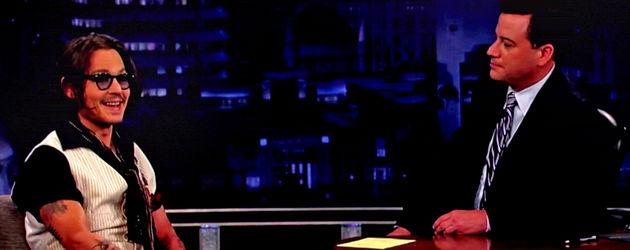 Johnny Depp sitzt Jimmy Kimmel gegenüber