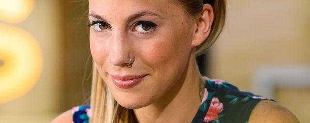 RTL / Willi Weber Denn anscheinend wird <b>Pia Koch</b> ihre Freundin Iva, <b>...</b> - lafee-alias-christina-klein-bei-awz-r2