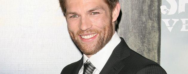 Liam McIntyre als Spartacus