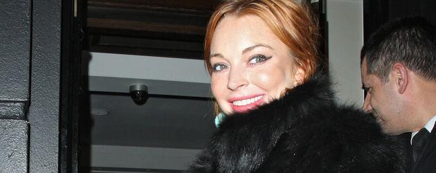 Lindsay Lohan in Pelzjacke