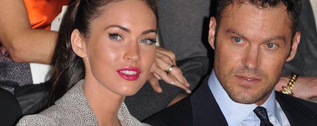Megan Fox mit strengem Zopf zusammen mit Brian Austin Green