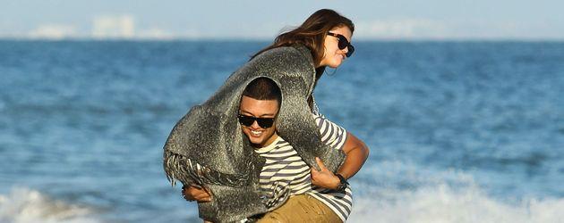 Selena Gomez und Alfredo Flores