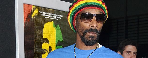 """Snoop Dogg bei der """"Marley""""-Premiere mit Mütze und Sonnenbrille"""