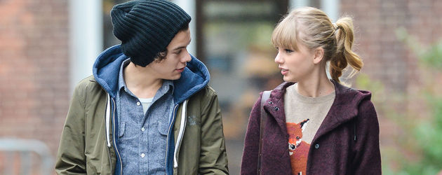 Taylor Swift neben Harry Styles