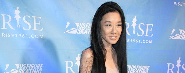 Vera Wang in nude Kleid dünn