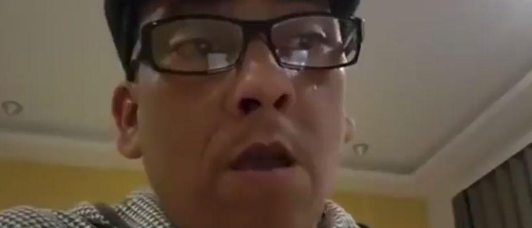 warum trägt naidoo immer eine brille