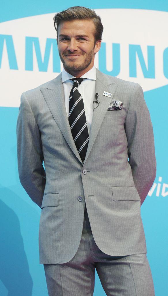 Ausgezeichnet David Beckham: Bekommst du etwa eine Glatze? | Promiflash.de GL43